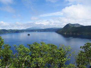 透明度第1位の摩周ブルー 夏の摩周湖