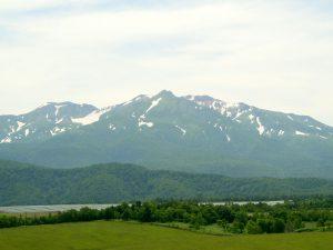 アンガス牧場から見た大雪山