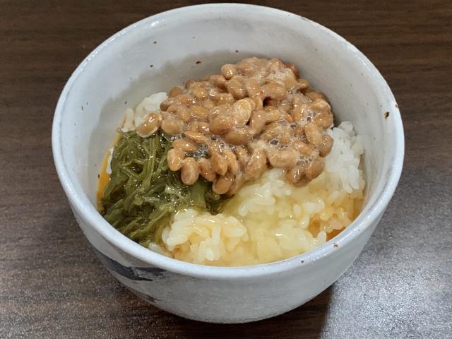 めかぶ入り納豆卵かけご飯