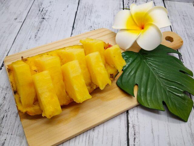 パイナップル台湾パイン皮のせ